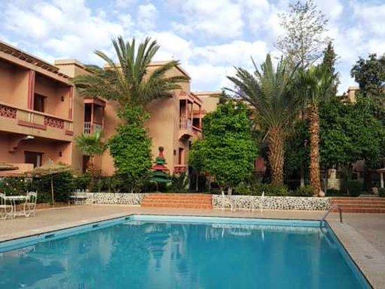 Reserva oferta de viaje o vacaciones en Hotel LE FINT