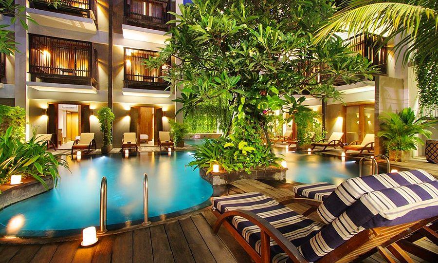 Foto Hotel THE OASIS LAGOON SANUR (PISCINA PRIVADA)
